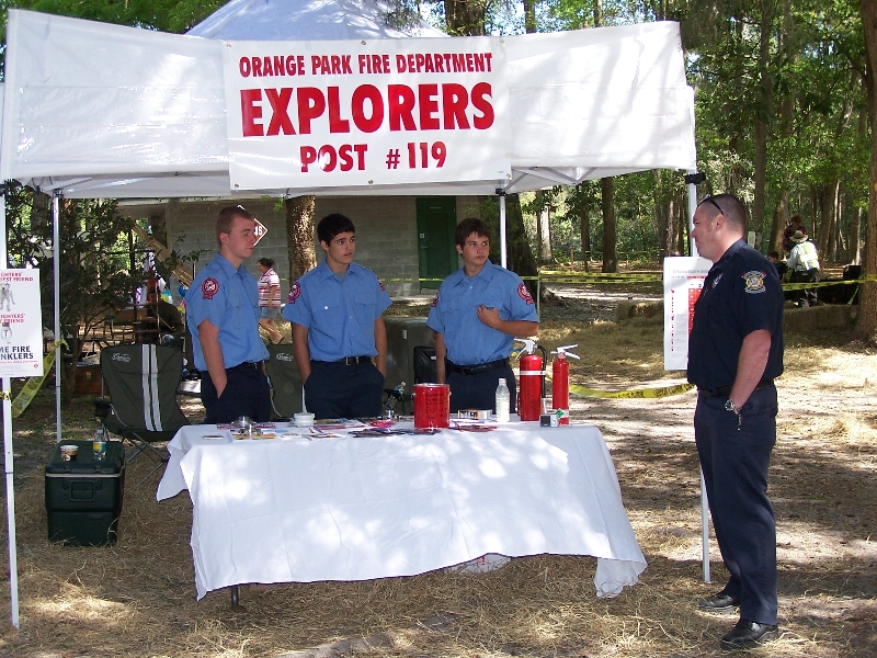 explorers booth pic 1